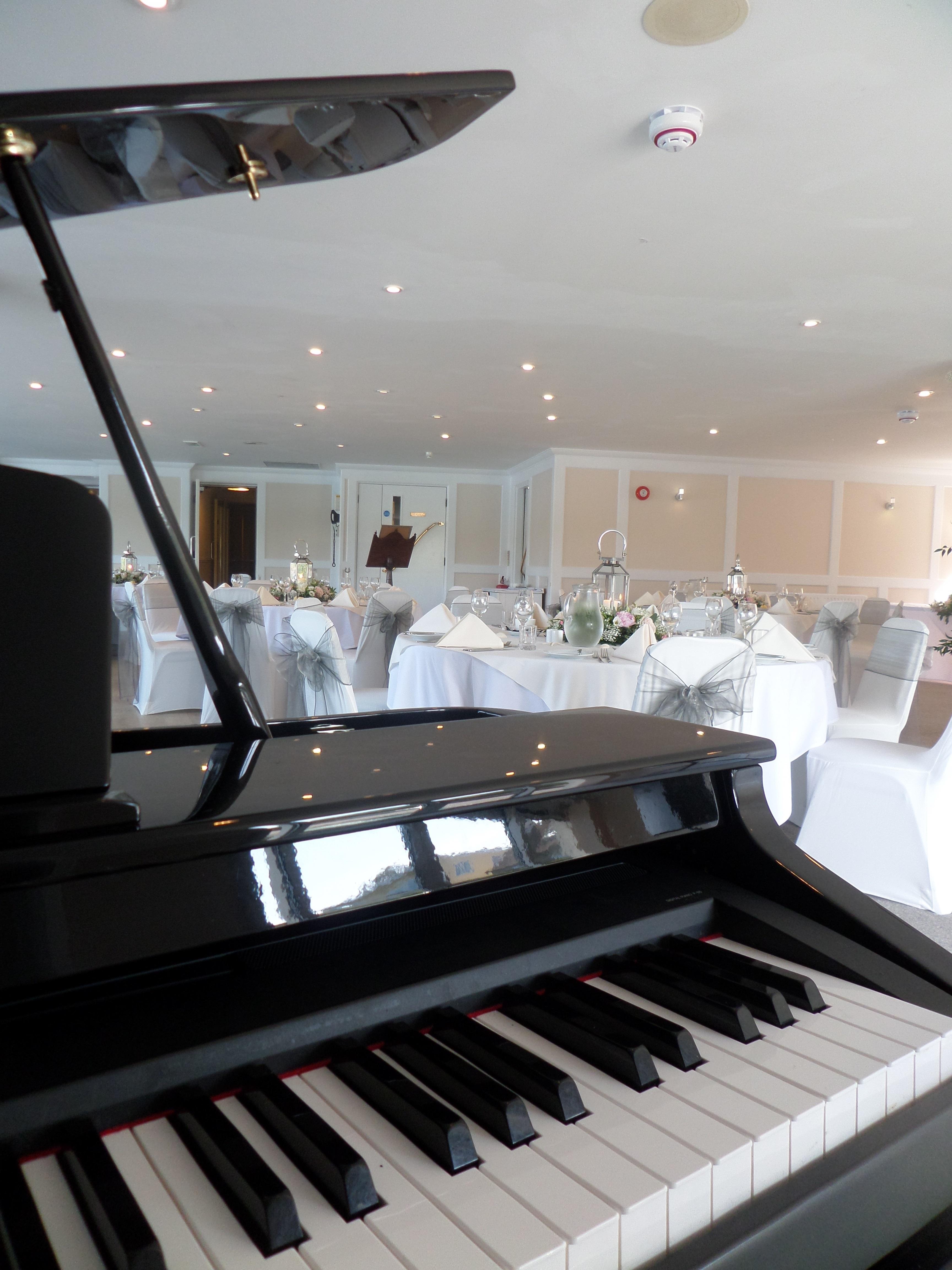 Grand Piano Shell - Wedding Pianist Hertfordshire